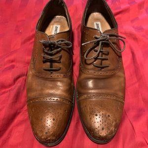 Johnston and Murphy Oxford dress shoes